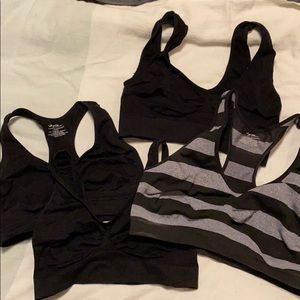 4 stretchy bras, size large